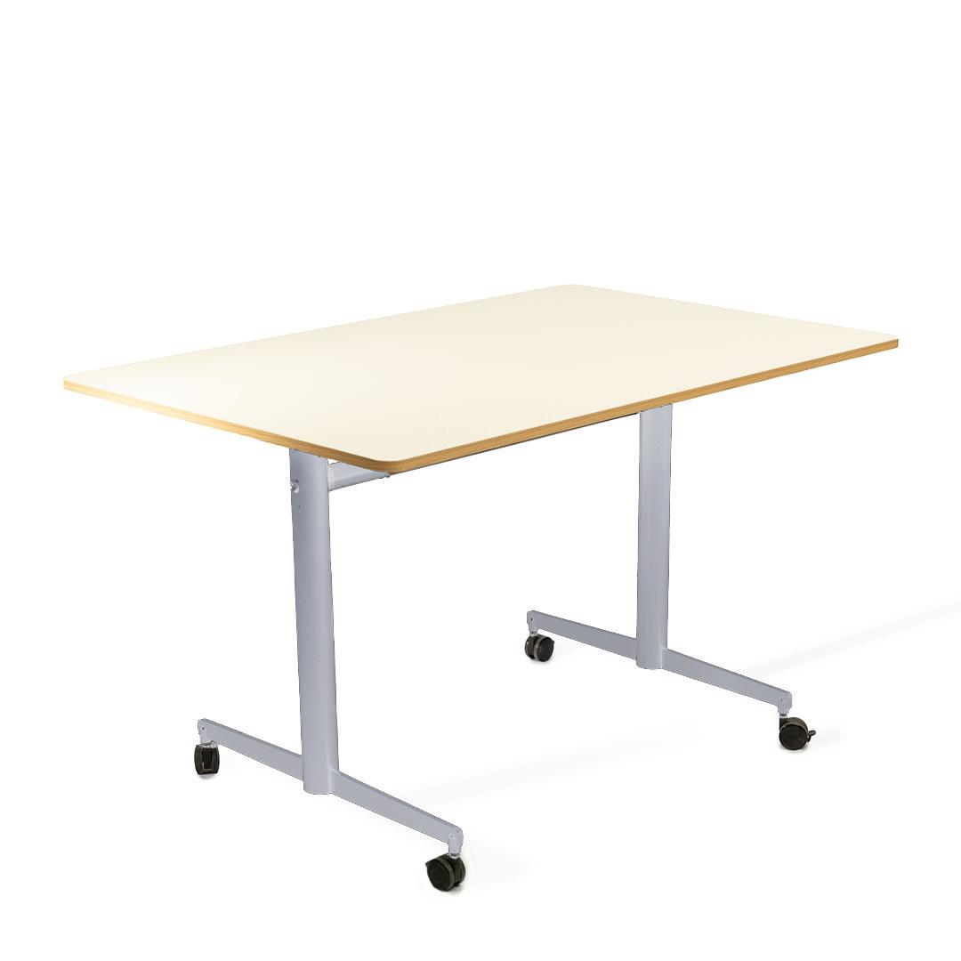 שולחן מתקפל לבן